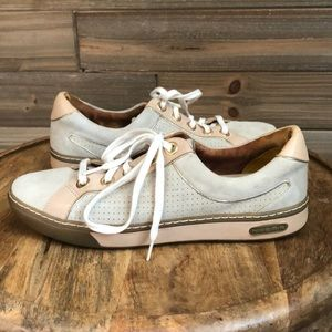 Cole Haan Nike Air G Series Suede Sneaker Size 6